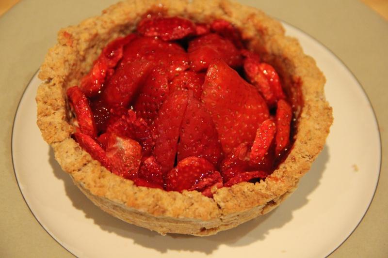 Tarte aux fraises bio végétalienne. (Je m'en suis faite une autre ...