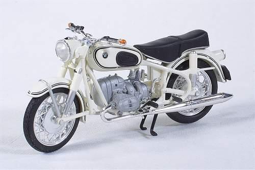 vente en ligne de motos miniatures bmw site allemand. Black Bedroom Furniture Sets. Home Design Ideas