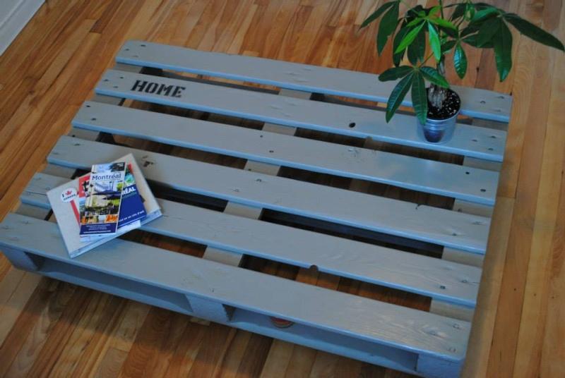 Bois de r cup et fabrication de meubles for Meuble a jeter montreal