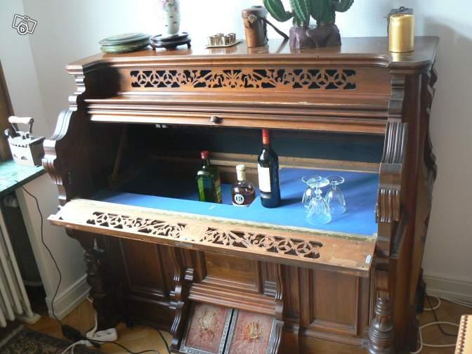 un harmonium transform en bar en vente sur le bon coin. Black Bedroom Furniture Sets. Home Design Ideas